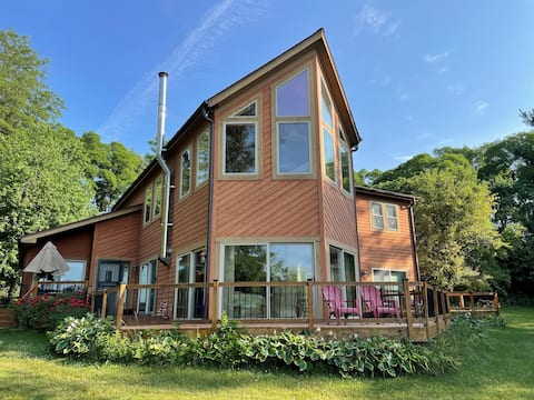 Secluded Home near Kettle Moraine State Forest