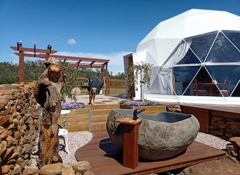 Luna Lodge Tasmania - Luxury Farm Stay
