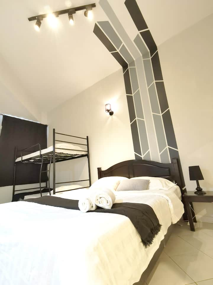 Minimise Modern |Cozy Stay 1BR|Kuah | 5pax