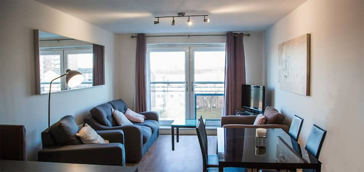 Perfect  2 Bed Apartment - Chester City Centre