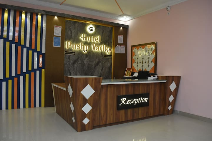 Hotel Pushp Vatika By Revepark