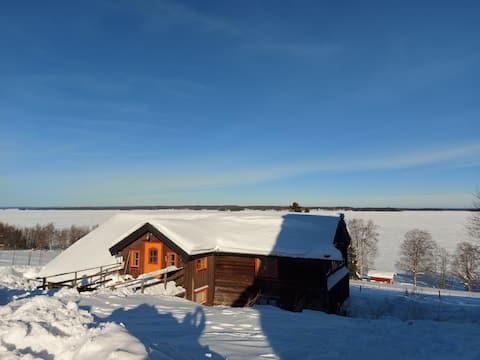 Stuga nära Bydalen med utsikt över Storsjön