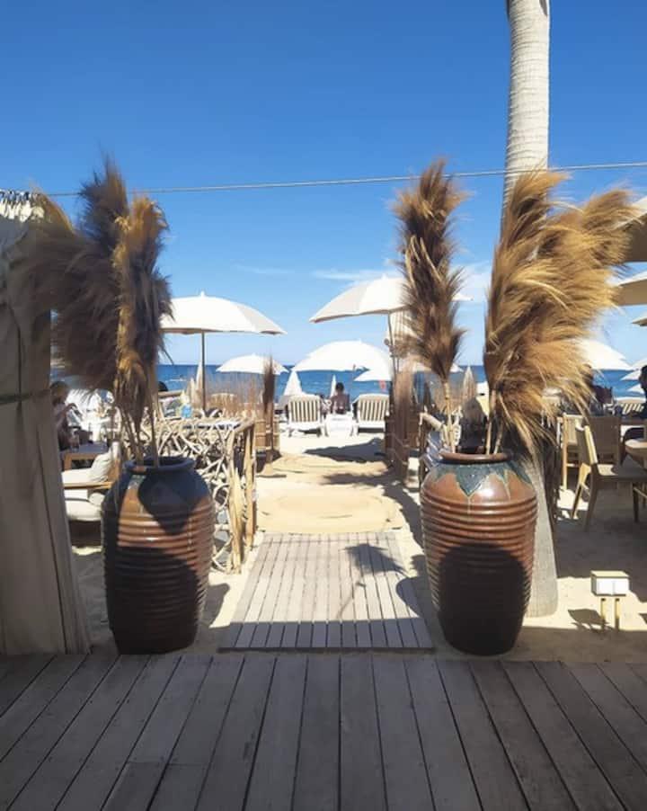 MerSea boutique Beach apartment