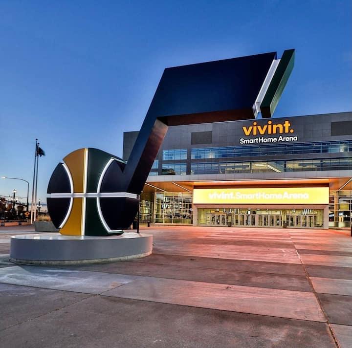 Near NBA Jazz- 2 Queen Hotel Room+ Free Parking