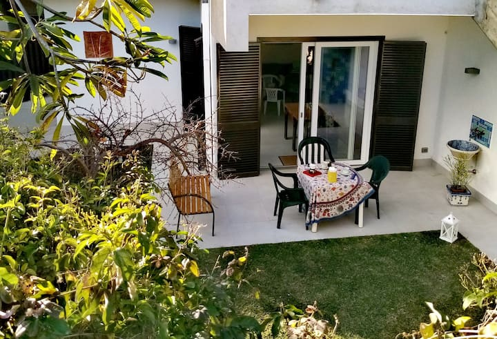 """Casa Pomelia""- Loft ad Acitrezza"