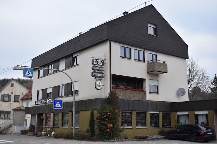 Gasthof Rose - Einzelzimmer mit Etagendusche