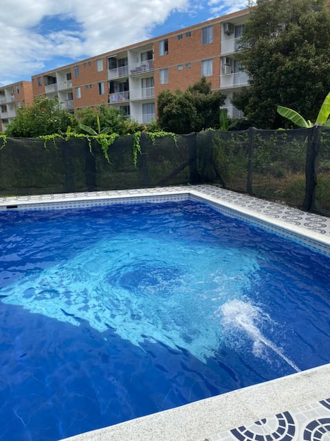 Private rest house with pool  in Tocaima