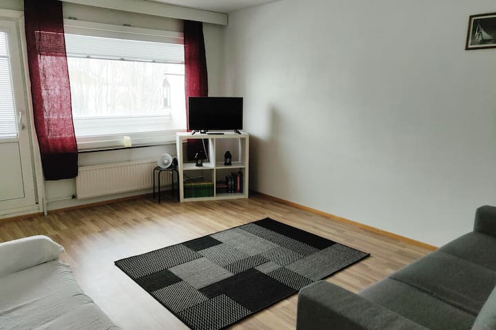 Modern Two Bed Apartment With All Amenities