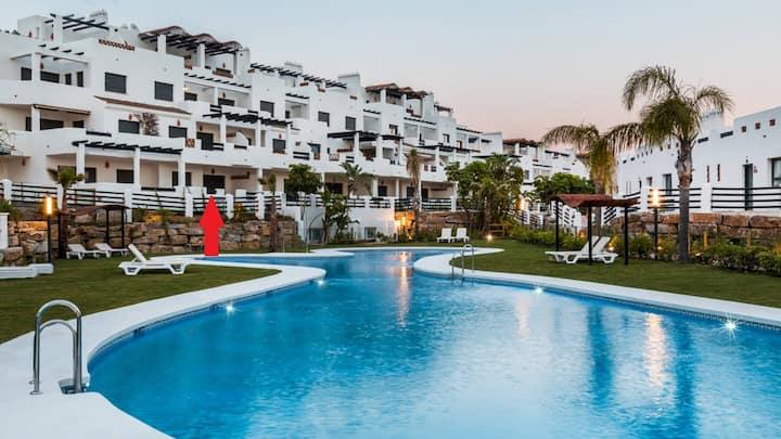 Luxe Appartement Sunset Golf Uitzicht op Zwembad