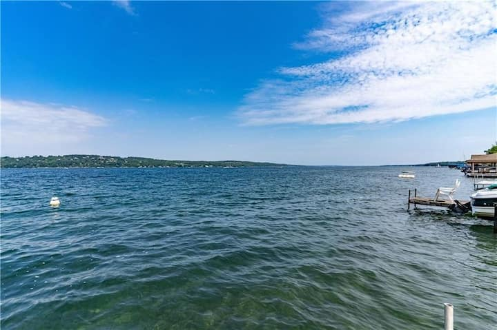 Canandaigua Ski Lake Cottage with water access