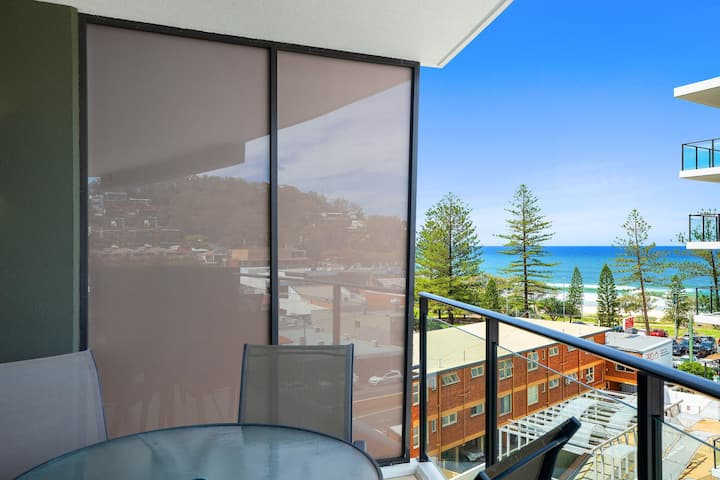 Perfect pad for your Burleigh getaway