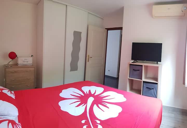 Chambre idéalement située proche aéroport Tahiti