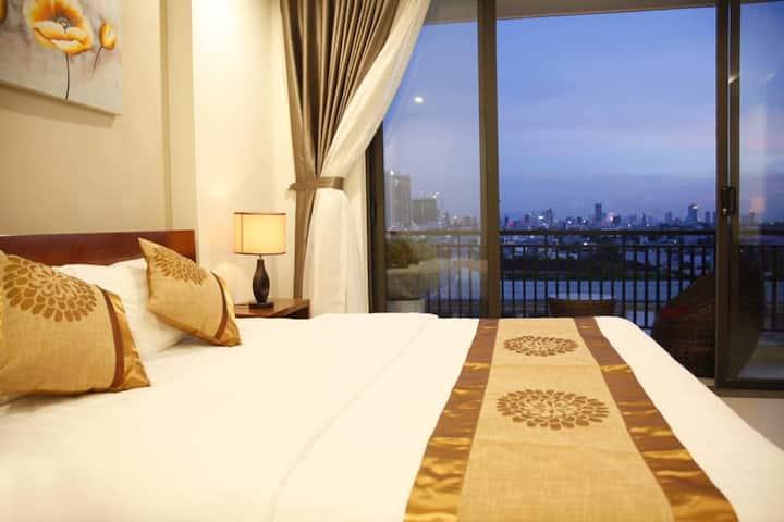 Cozy apartment  with balcony sea view