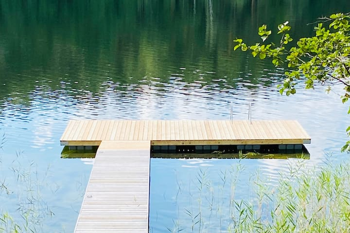 The Lake. Villa Retreat in Pine-Tree Forest