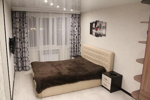 Уютные апартаменты в центре города, Буркова 43