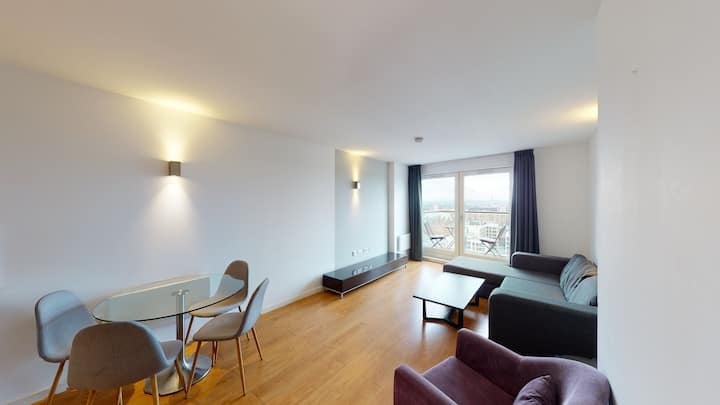 Luxury One Bedroom Apartment In Central Manchester