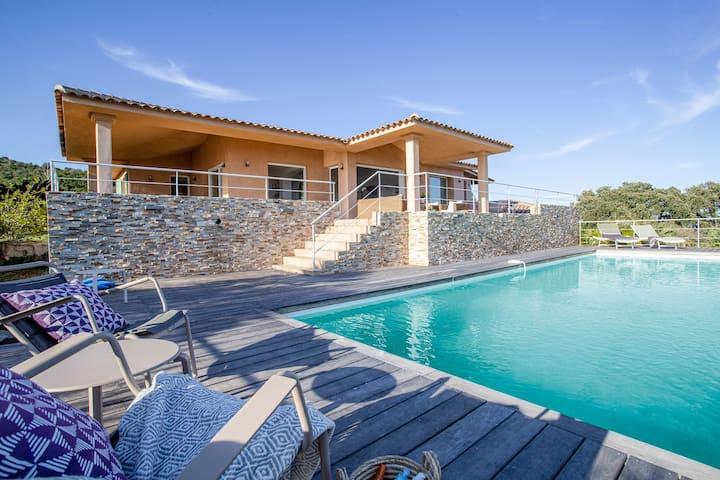 Villa luxueuse 8P vue mer Golfe Favone  piscine