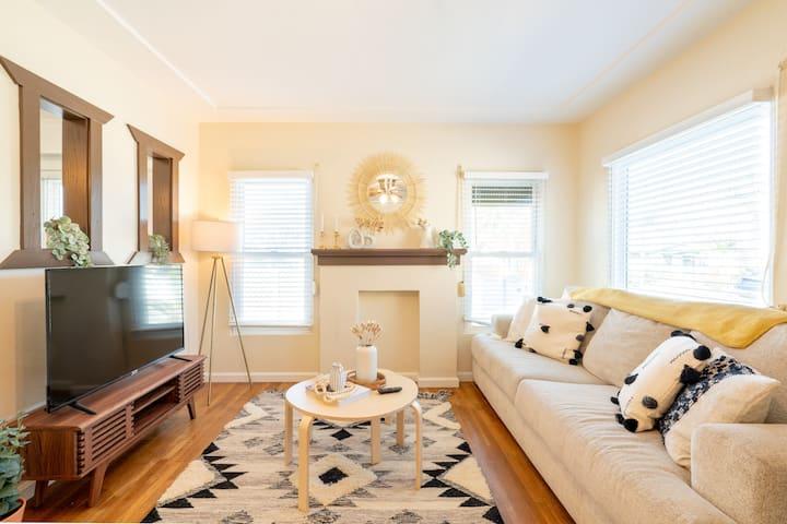 Beautiful Single Family Home in San Diego!