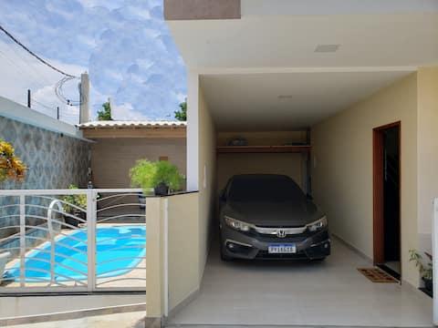 Duplex Nova em Iriri-  Banheira e Piscina