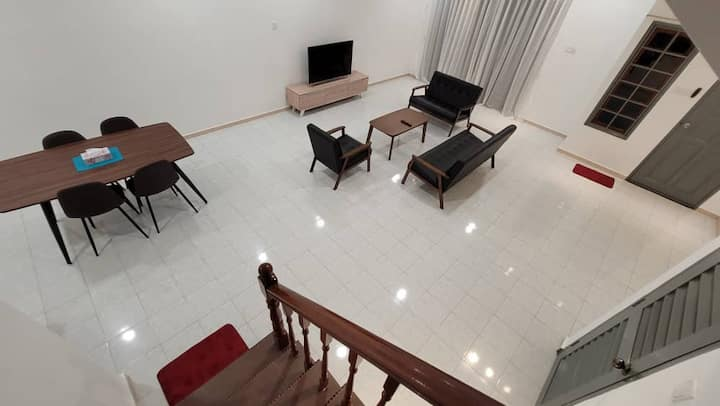 *New Opening*FLORA HOMESTAY 1