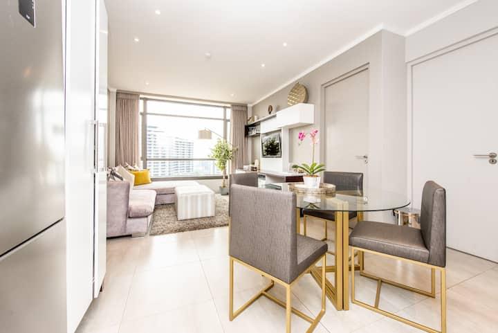 8th Floor, 2 Bedroom Apartment Luxury Masingita!