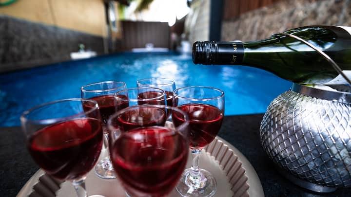 Yellow Private Pool Villa | 3BHK | Caretakr | Wifi
