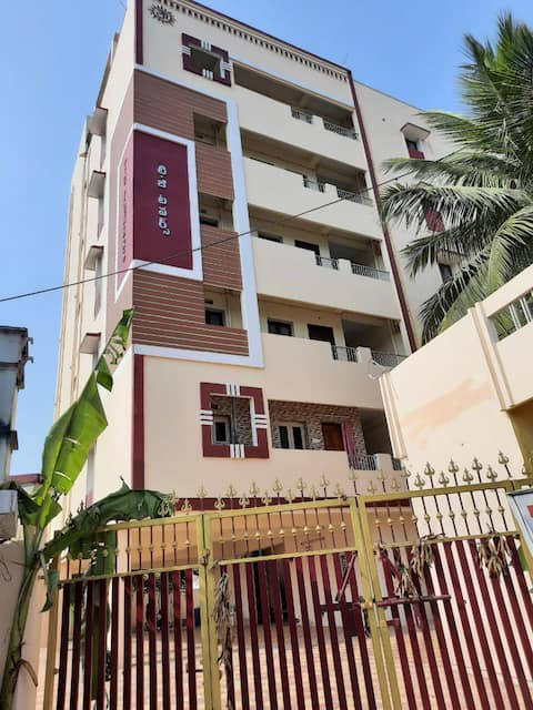 TGTowers-New 2BHK AC Fully furnished stay flat-1