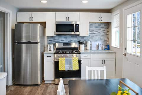PGH Haven ★Modern 3B ★Close to Downtown ★King Bed