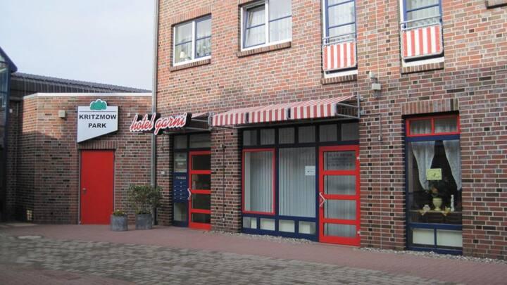 Wohnhaus - Appartement - in Rostock/Kritzmow