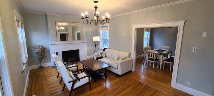 3 Bdr close to the beaches, Boston,  airport