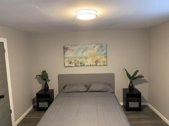 Modern Private Room  10 mins from Jim Thorpe (R6)