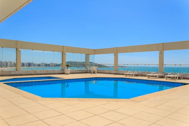 Apartamento com vista para o mar na Praia do Morro
