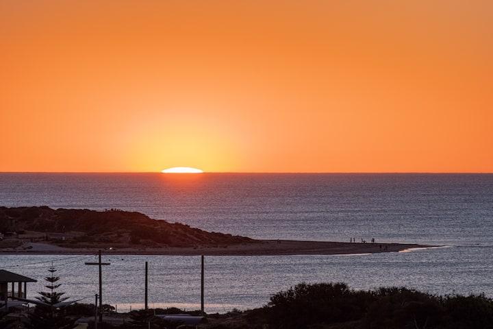 30% DISCOUNTS Ocean Views, Spacious, Comfortable