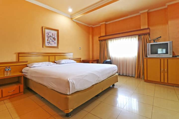 Clean Executive Room at Arlya Guesthouse
