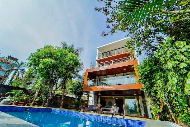 Luxurious Sea Facing 4BHK Pool Villa | EKO STAY