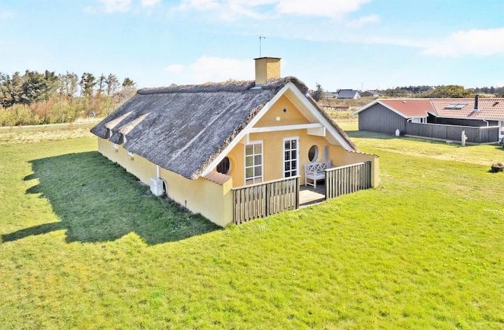 Klitmøller - Viking Adventures - Sommerhus til syv