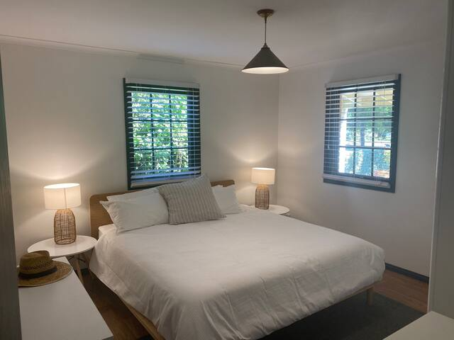 Main bedroom King Bed