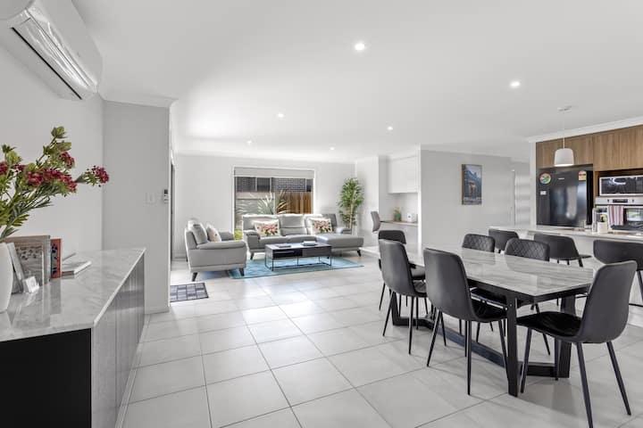 Bright Home -Super clean, close to Gabbinbar & USQ