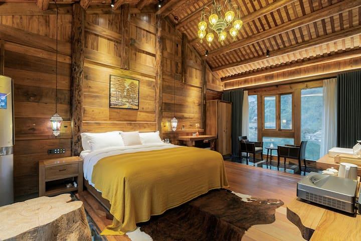 远方的家 复古现代 瀑布 整栋大床房 免费接站