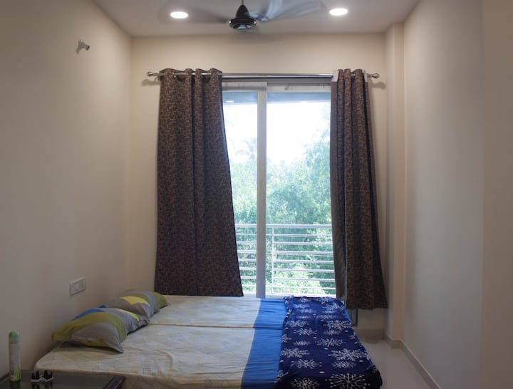 SeaSide Apartments - 1BHK apartment near beach