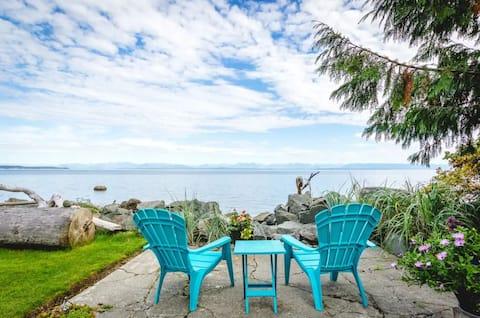 Oceanfront Cozy Suite