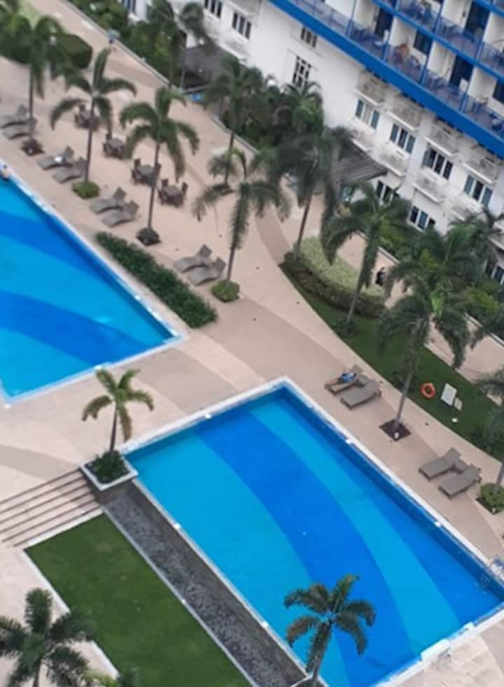 1 BR Sea Residences (Mall of Asia Complex) Nely