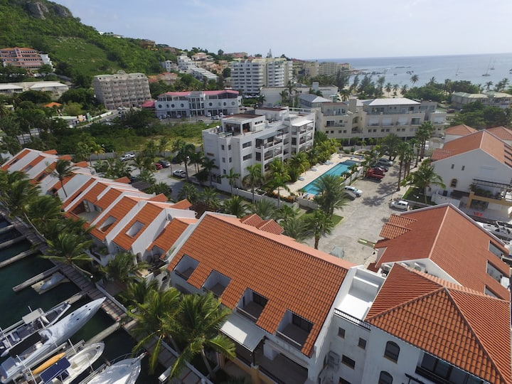 NEW! - Simpson Bay Luxury 3 bed rooftop penthouse