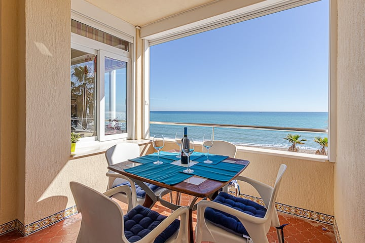 Fantastic Views > On the Beach > Best Location !