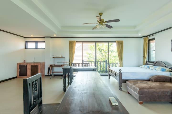 Spacious & Clean Family Suite at Primrose Place