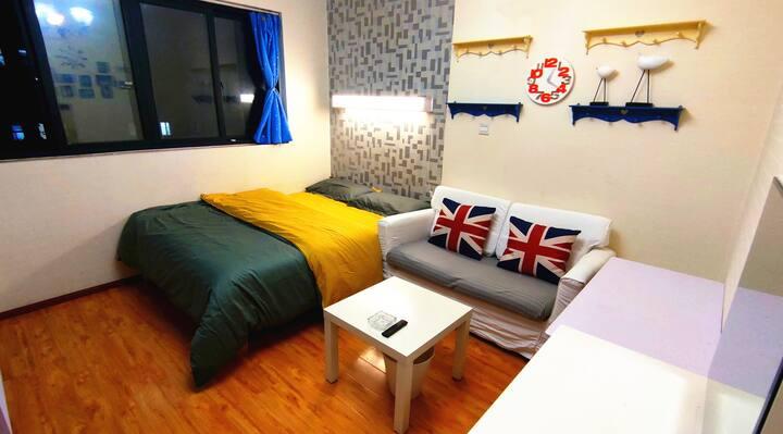 蜗牛公寓,川师火车东站,温馨家合租,套三主卧,家电家具齐全