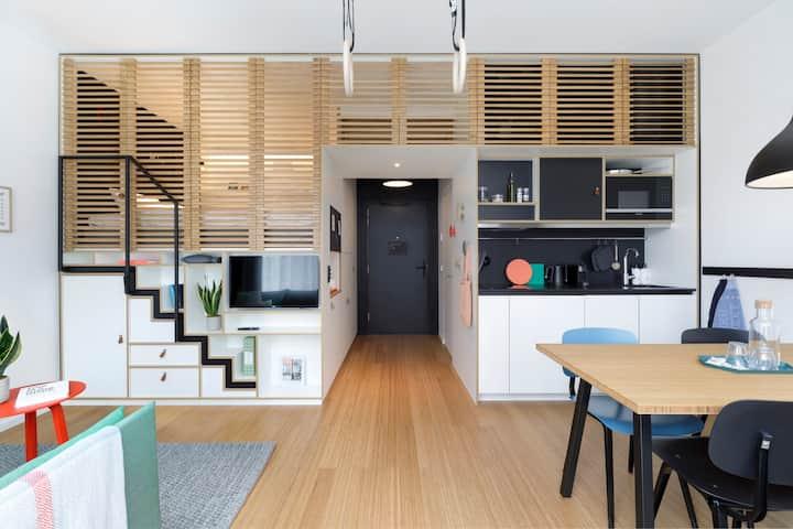 Zoku Loft XL - Home/Office Hybrid - Long Stay