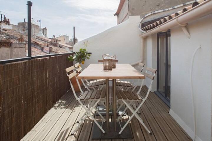 Appart climatisé belle terrasse  5 personnes