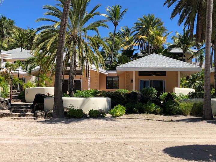 Beautiful Beach Front Villa in a prime location