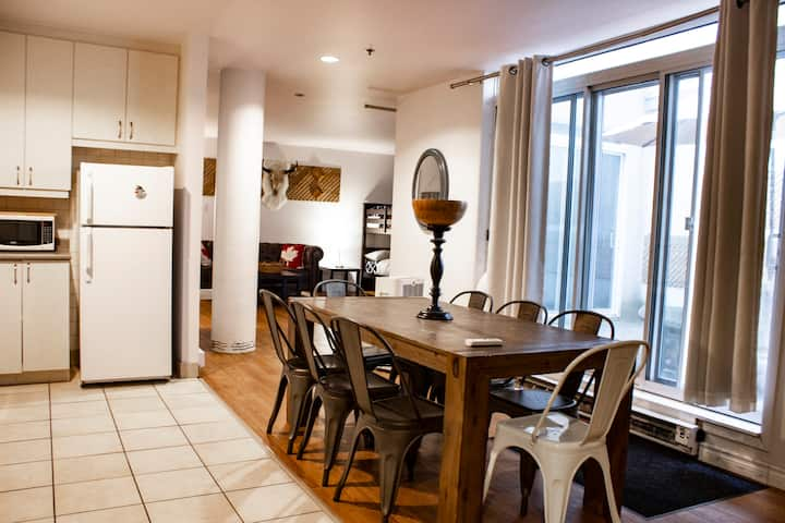 Specious Loft & Private Terrace Downtown Montreal